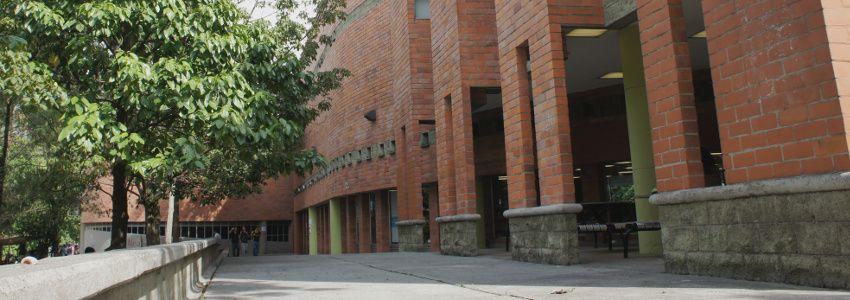 Biblioteca Efe Gómez